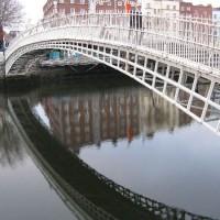 The Ha'penney bridge in Dublin