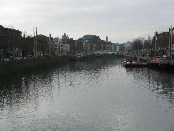 The Liffey river ahd Ha'penney Bridge in Dublin