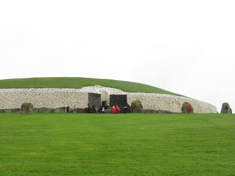 things to do in Dublin Ireland Newgrange